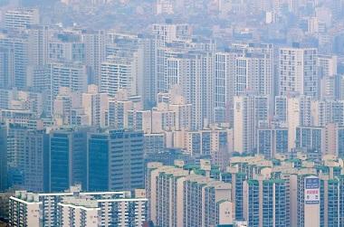 정부가 미니 재건축을 통해 2023년까지 총 1만가구를 공급하기로 했다. 사진은 서울 아파트 단지 모습.