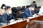 양성일 보건복지부 1차관(국가치매관리위원장, 맨 왼쪽)이 24일 2021년 제1차 국가치매관리위원회를 주재하고 있다.
