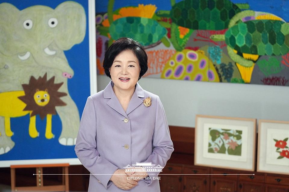 김정숙 여사, 대구예아람학교 제1회 입학식 영상축사