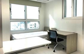 서울 독산동 기숙사형 청년주택의 내부 모습.