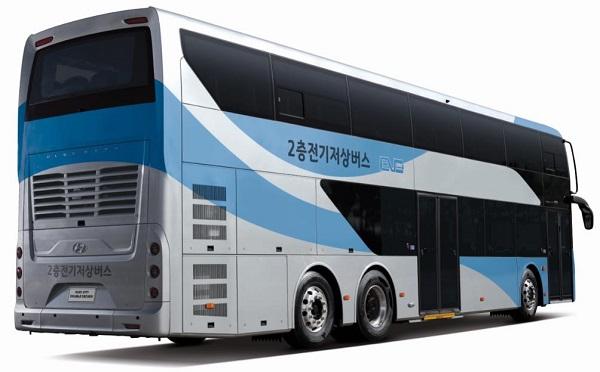 2층 전기버스 외관 모습.