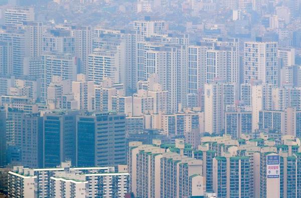 서울 시내 한 아파트 단지 모습.