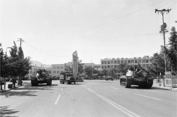 1980년 5월 27일 오전 8시 20분경 촬영된 옛 전남도청 앞 광장 모습(사진=옛전남도청복원추진단).