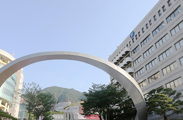 신산업 분야 특화 지원사업에서 차세대반도체 분야로 선정된 부산 사상구 경남정보대학교.