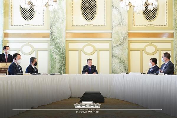 한-미 백신기업 파트너십 행사에 참석한 문재인 대통령.(출처=청와대 페이스북)
