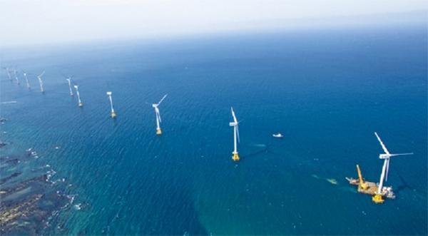 제주시 한경면 두모리와 금등리 앞바다에 위치한 국내 최초·최대의 상업용 해상풍력단지 탐라해상풍력발전단지.(사진=탐라해상풍력발전)