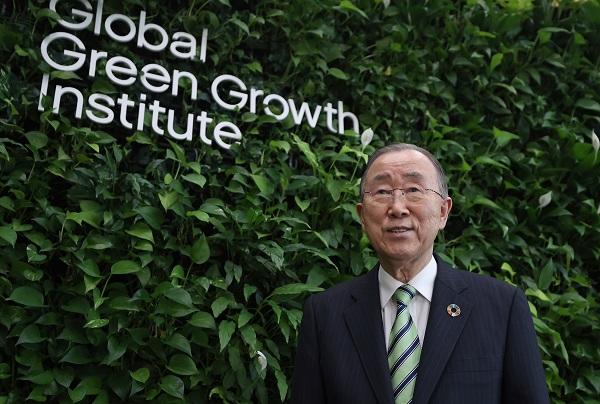 '녹색성장(Green Growth)'를 강조하는 반기문 GGGI 의장.