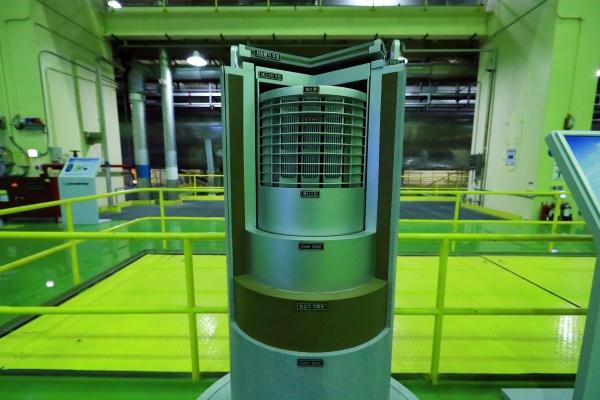 사용 후 핵연료 건식 저장 용기. 사용이 끝난 핵연료를 안전하고 효율적으로 보관할 수 있는 장치이다. 현재 개발 중.