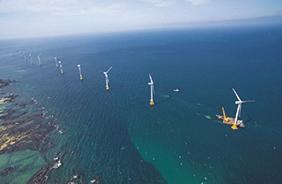 제주시 한경면 두모리와 금등리 앞바다에 위치한 국내 최초·최대의 상업용 해상풍력 단지 탐라해상풍력발전 단지.
