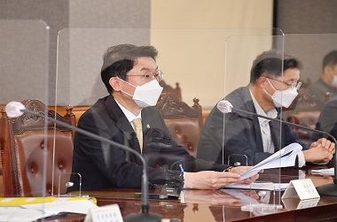 이억원 기획재정부 차관이 31일 서울 중구 은행회관에서 열린 '거시경제 금융회의'를 주재, 모두발언을 하고 있다. (사진=기획재정부)