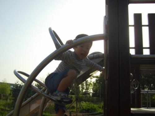 자연학습장내에 있는 어린이 놀이시설