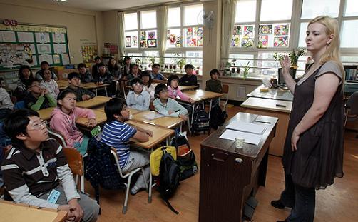 서울 창도초등학교에서 다문화 강사로 나선