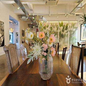 베르자르당 꽃병 - 한국관광공사