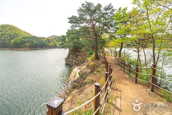 아름다운 하천 100선에 뽑힐 만큼 아름답다 - 한국관광공사
