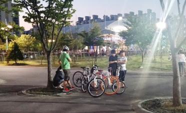 사이클 국제벨로드롬은 경기·공연 즐기는 자전거족 천국