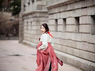 외국인이 입어도 예쁜 옷 '한복'