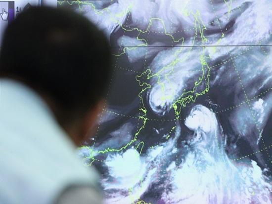 초강력 태풍 '솔릭', 안전하게 대비하는 방법